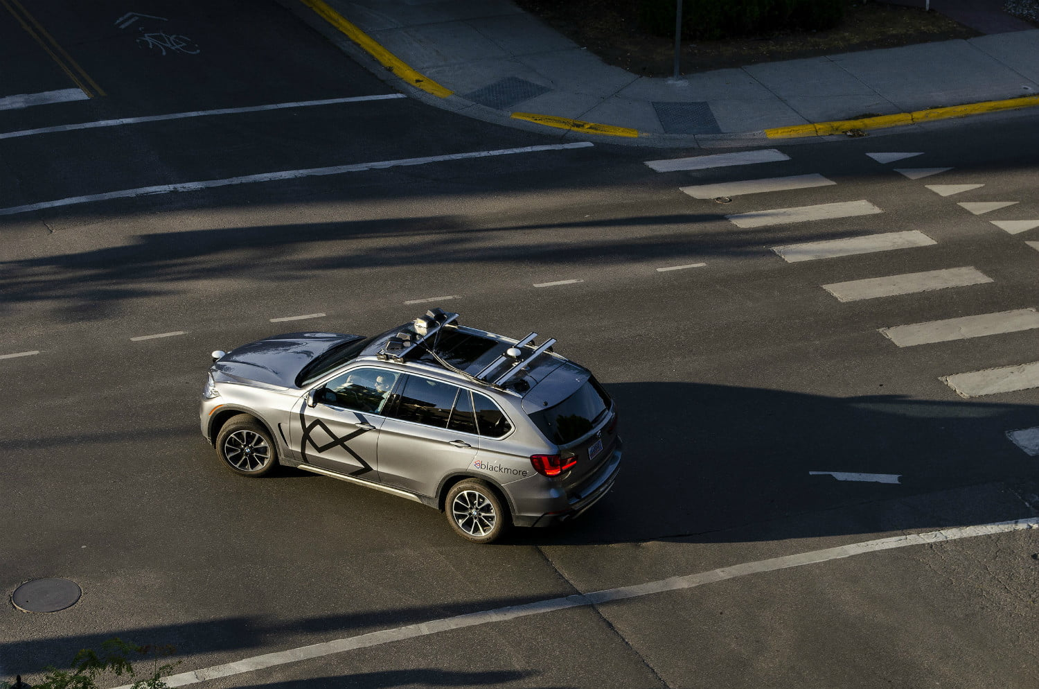 Continuous wave Doppler lidar instantly detects the speed of other vehicles