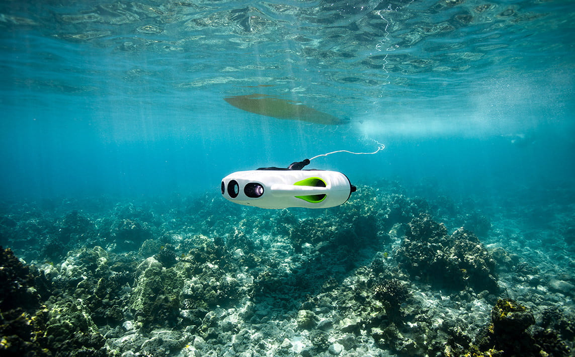 Underwater drone now includes a zoom lens and better image stabilization