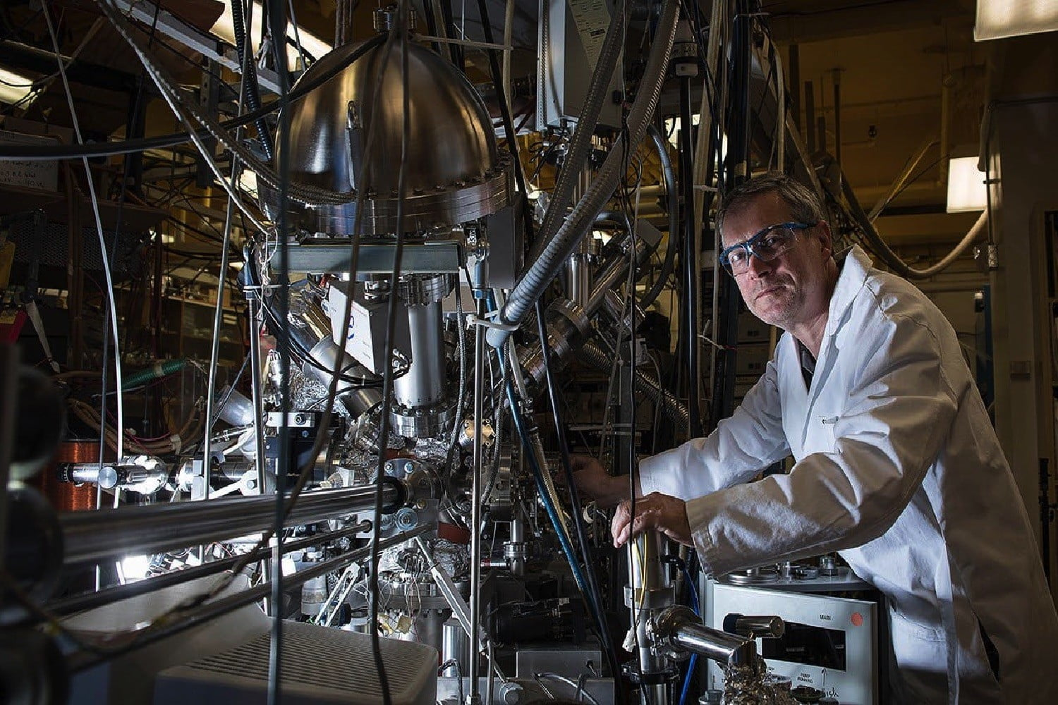 Caltech's new CO2 recycler could be a game-changer for space exploration