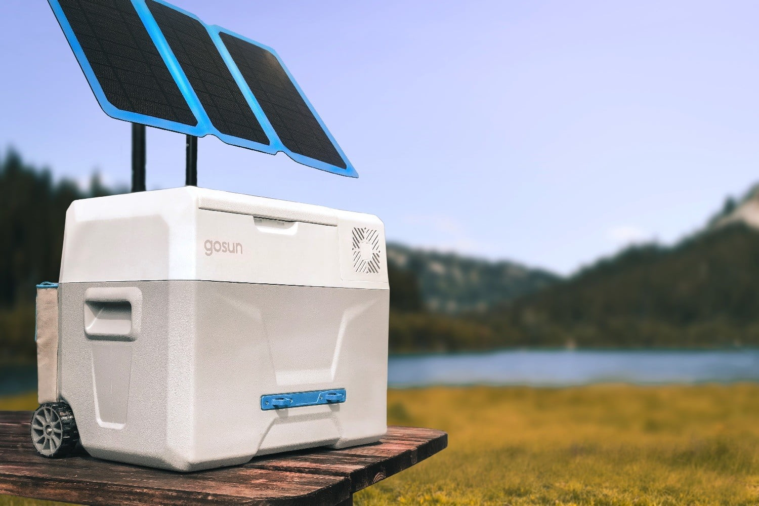 Forget ice — this cooler harnesses the power of the sun to chill your food