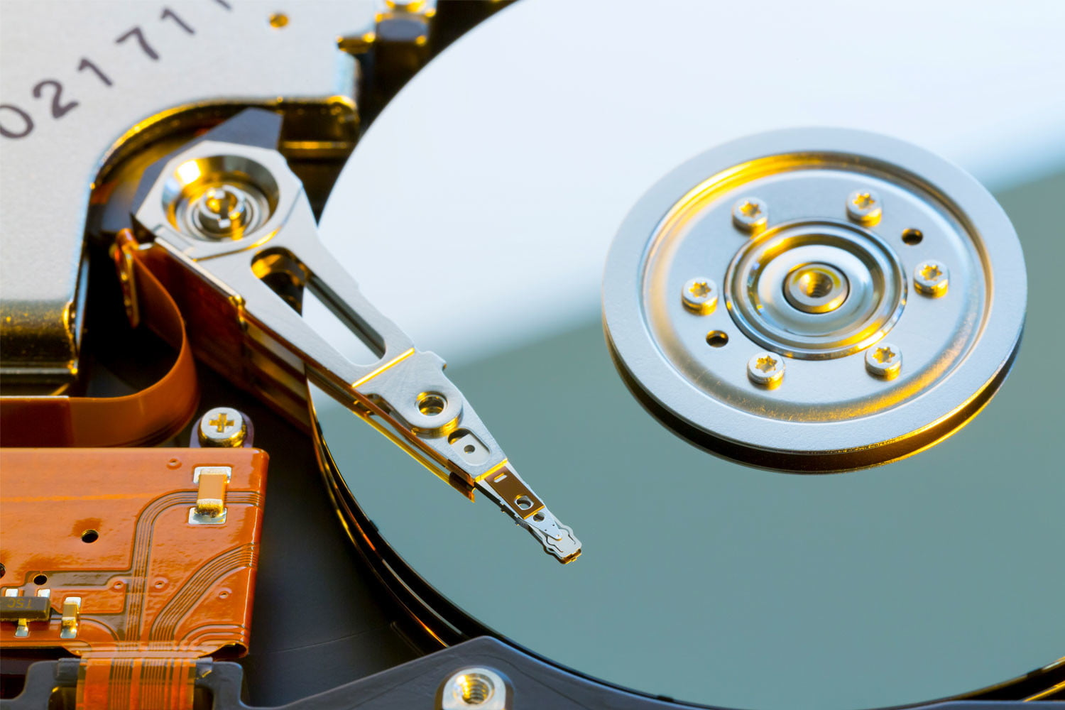 How to clone a hard drive on both MacOS and Windows