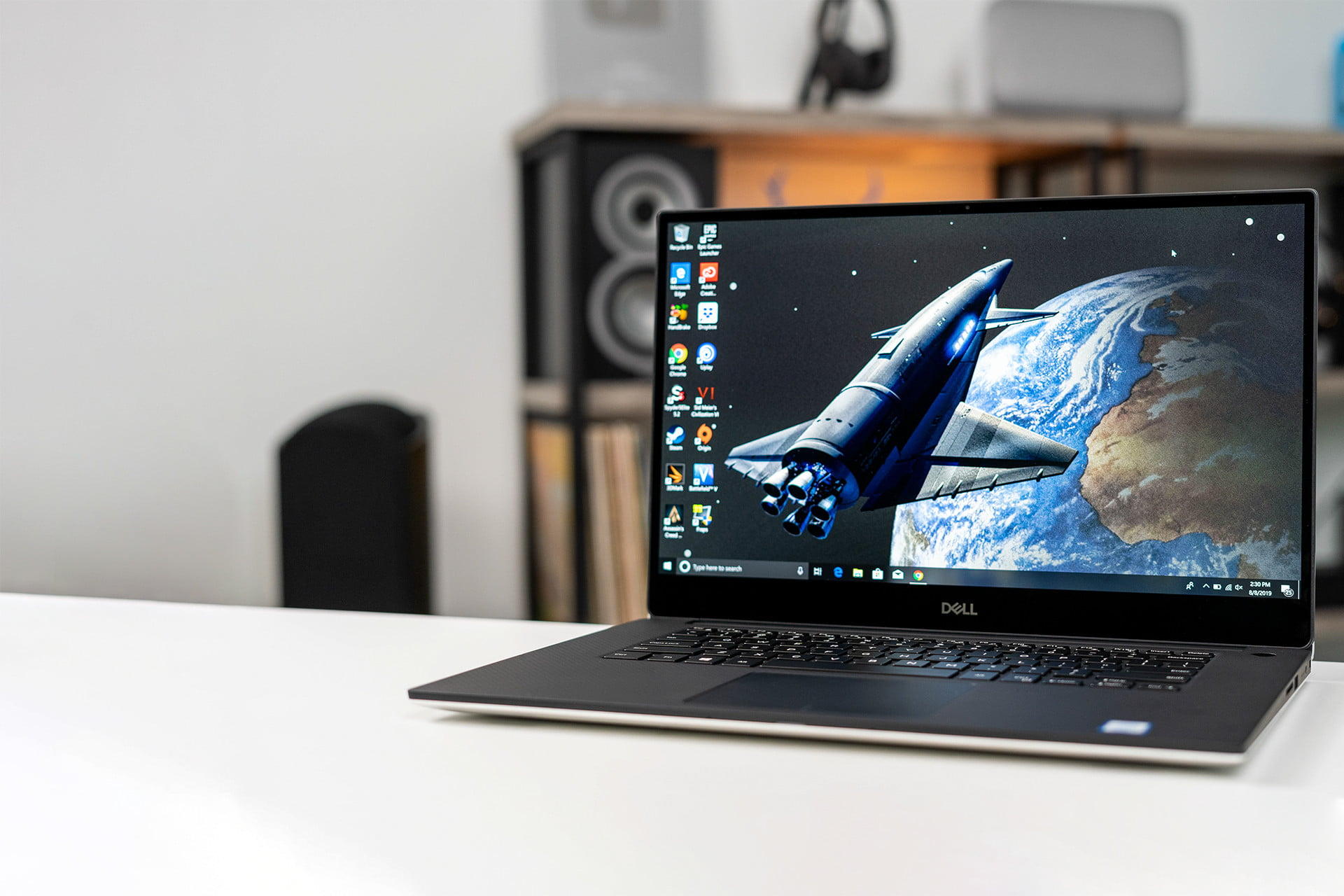 Dell sale slashes up to $250 off new XPS 15 laptop deals
