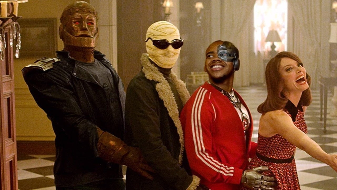First Doom Patrol Introduces Dc Universe S Titans Spinoff