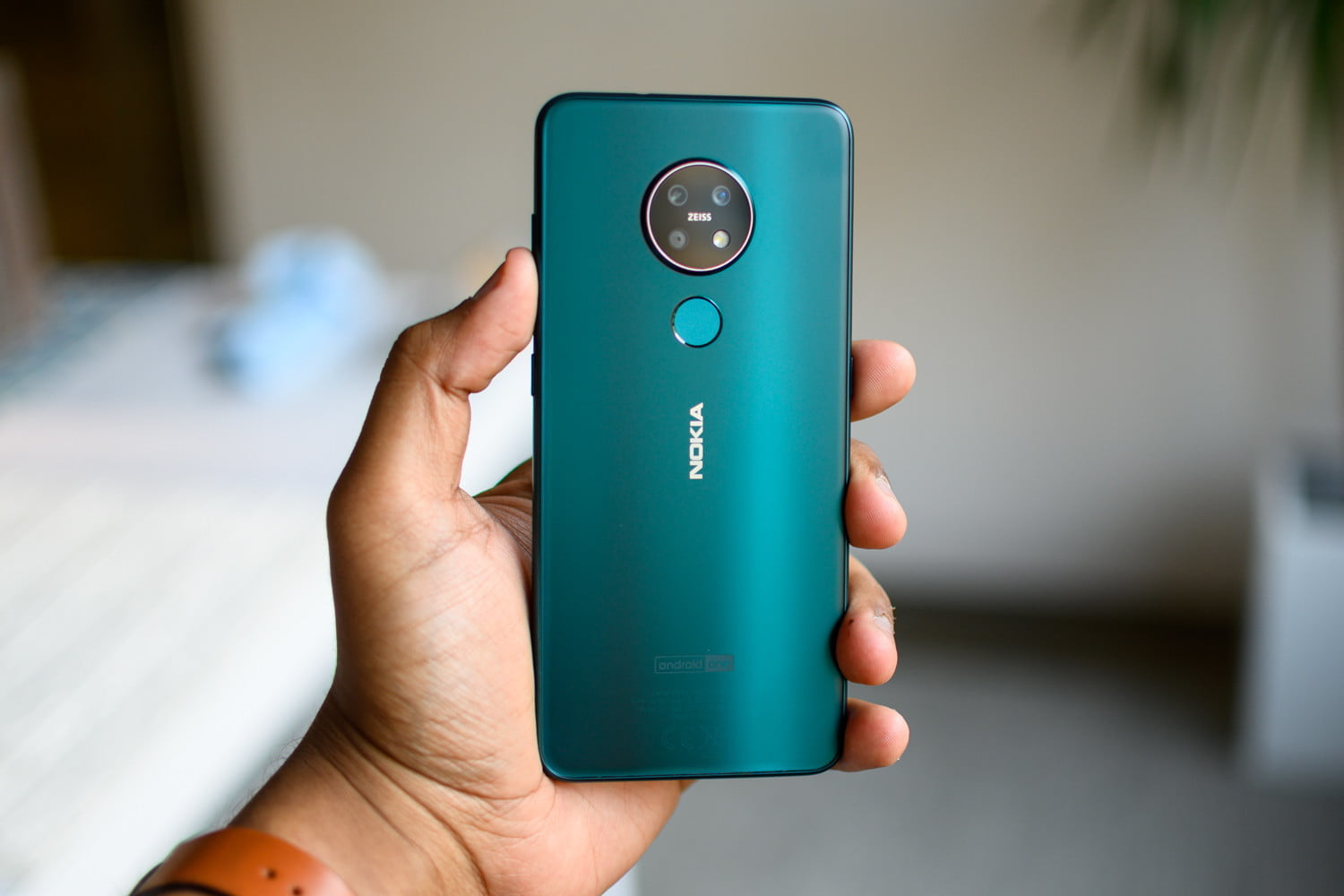 Nokia 7 2 Hands-on Review: Gunning for Google's Pixel 3a
