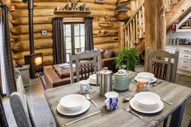 retreat from society and relax in these idyllic cabins around the world eagle brae highland log 7