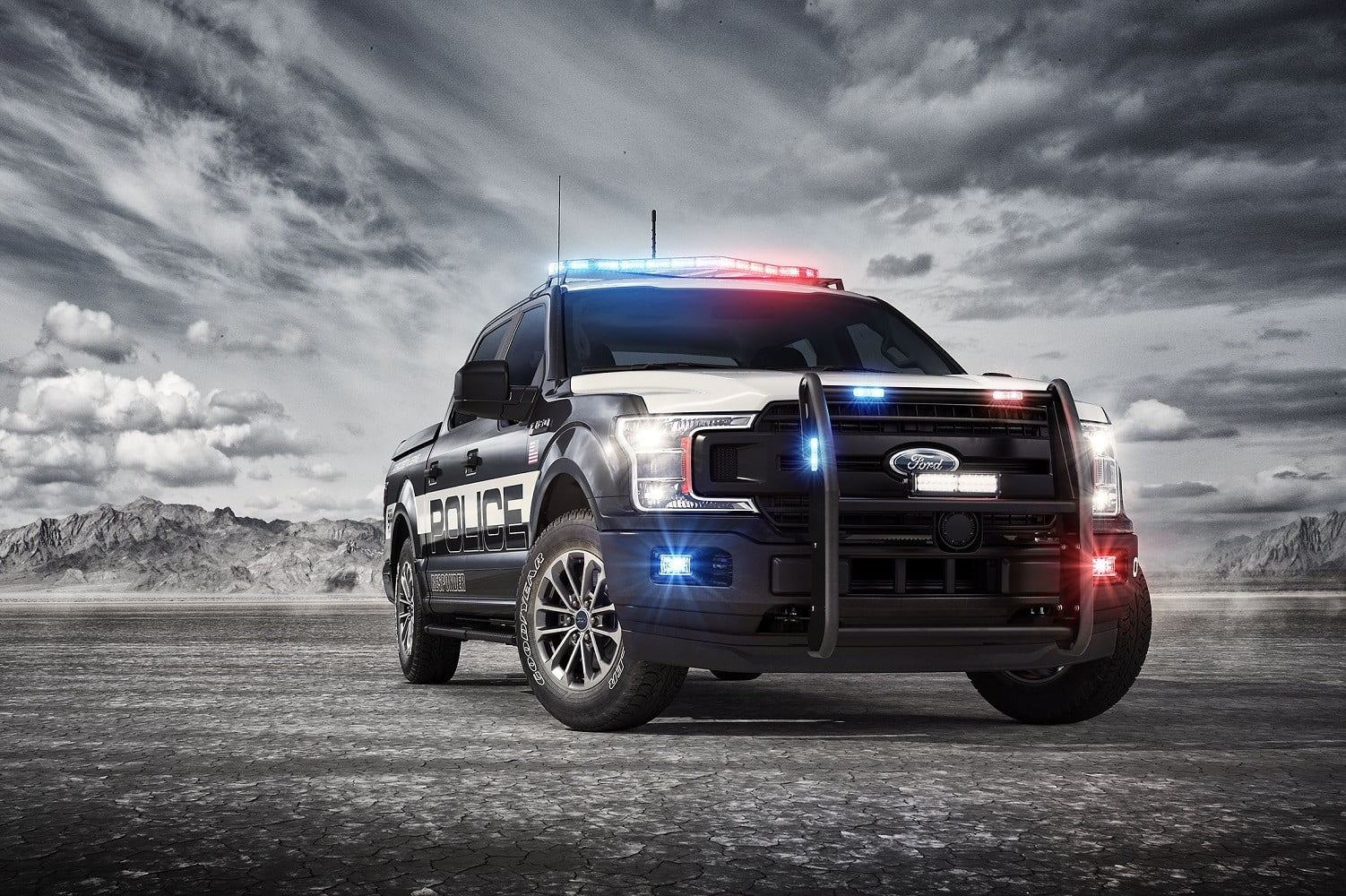 Ford Patent Filing Outlines a Self-Driving Police Car