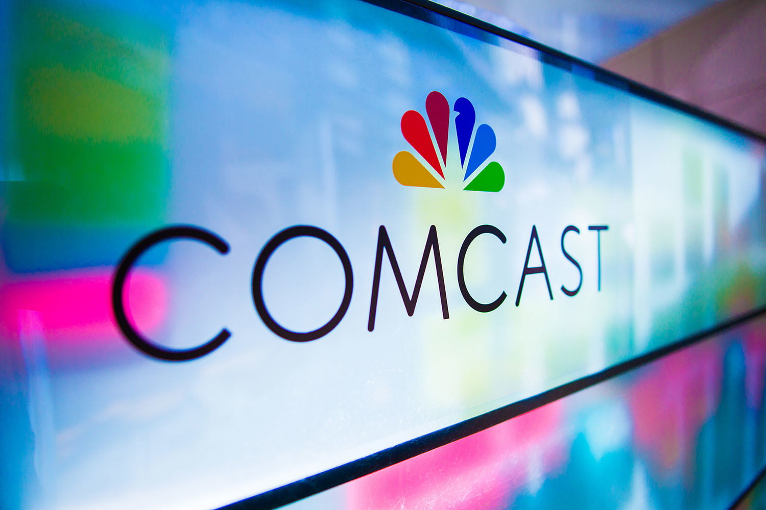Comcast Lowers Prices for Shared Data on Xfinity Mobile
