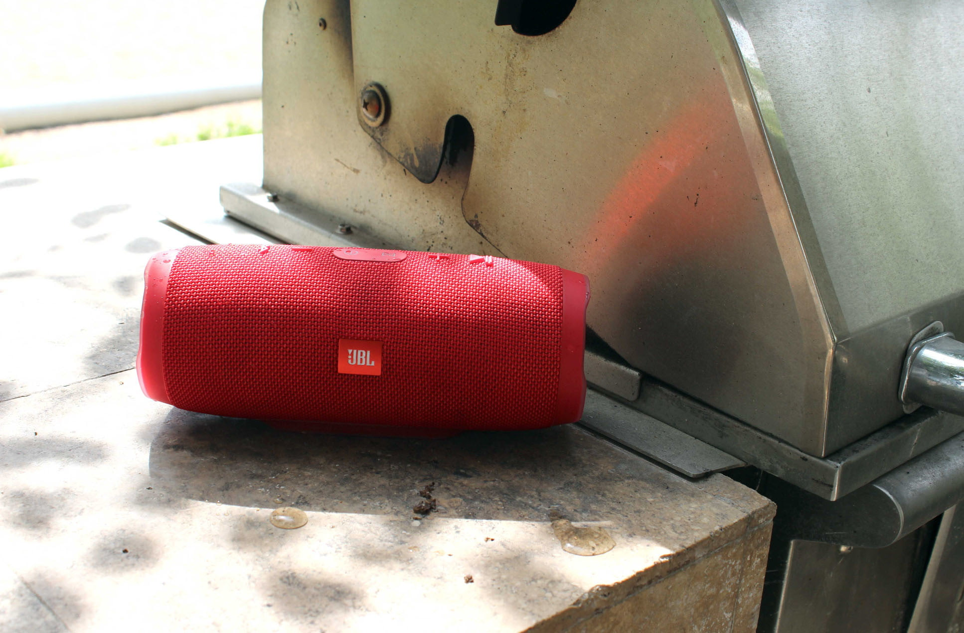 Review   Is JBL's Charge 3 The Speaker of the Summer