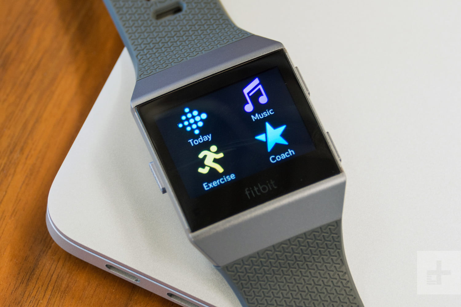 Fitbit Ionic Review | A Fitness Tracker Gone Smartwatch