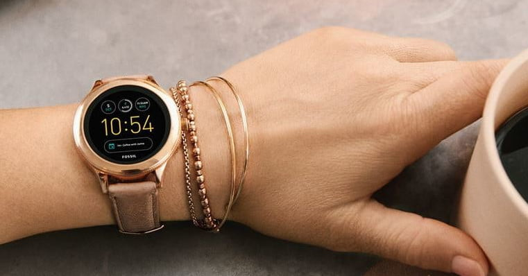 Amazon Discounts These Stylish Fossil Smartwatches for Women, Up to 64% Off
