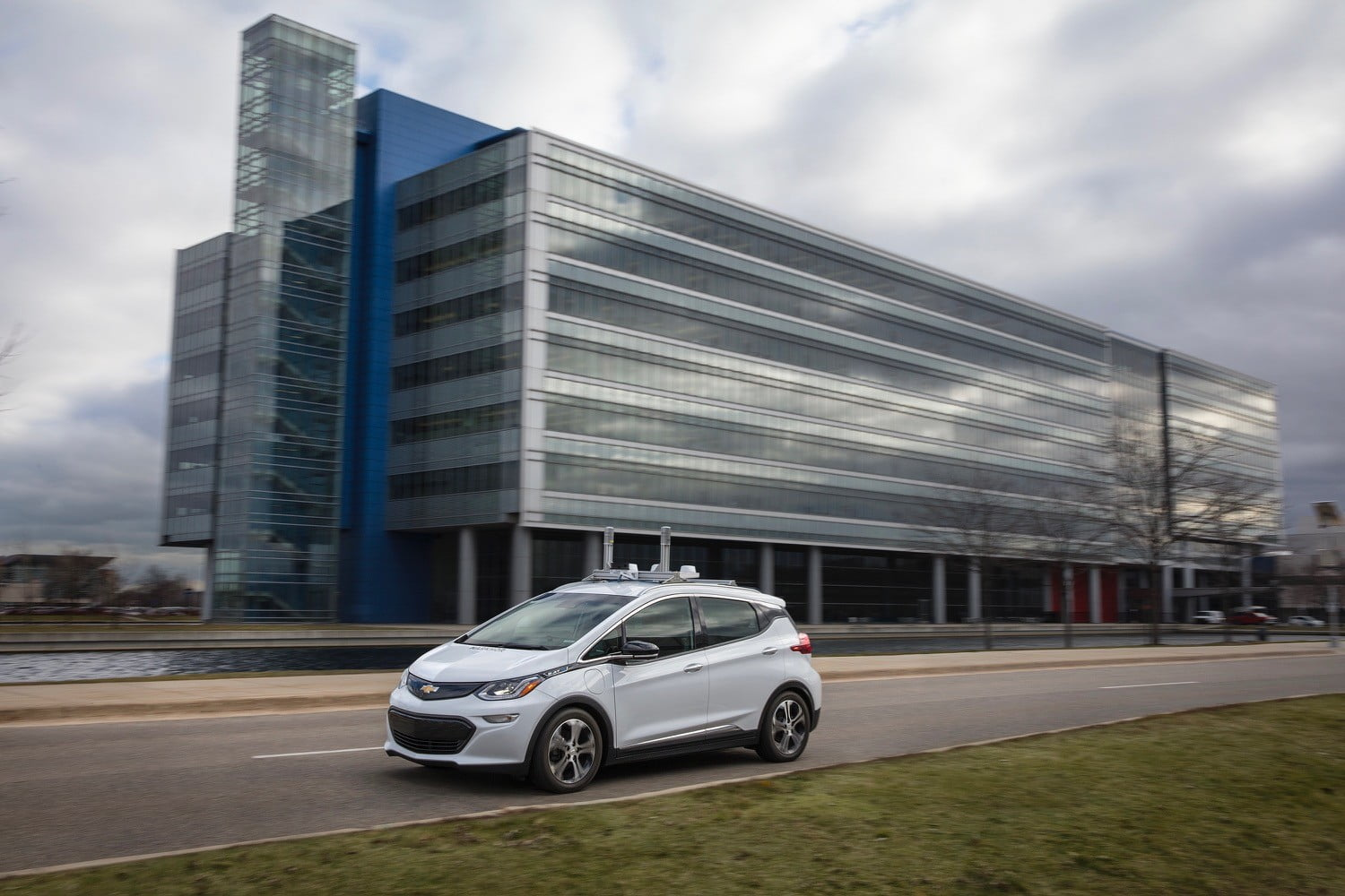 GM Wants Autonomous Vehicles to Cater to Disabled Users