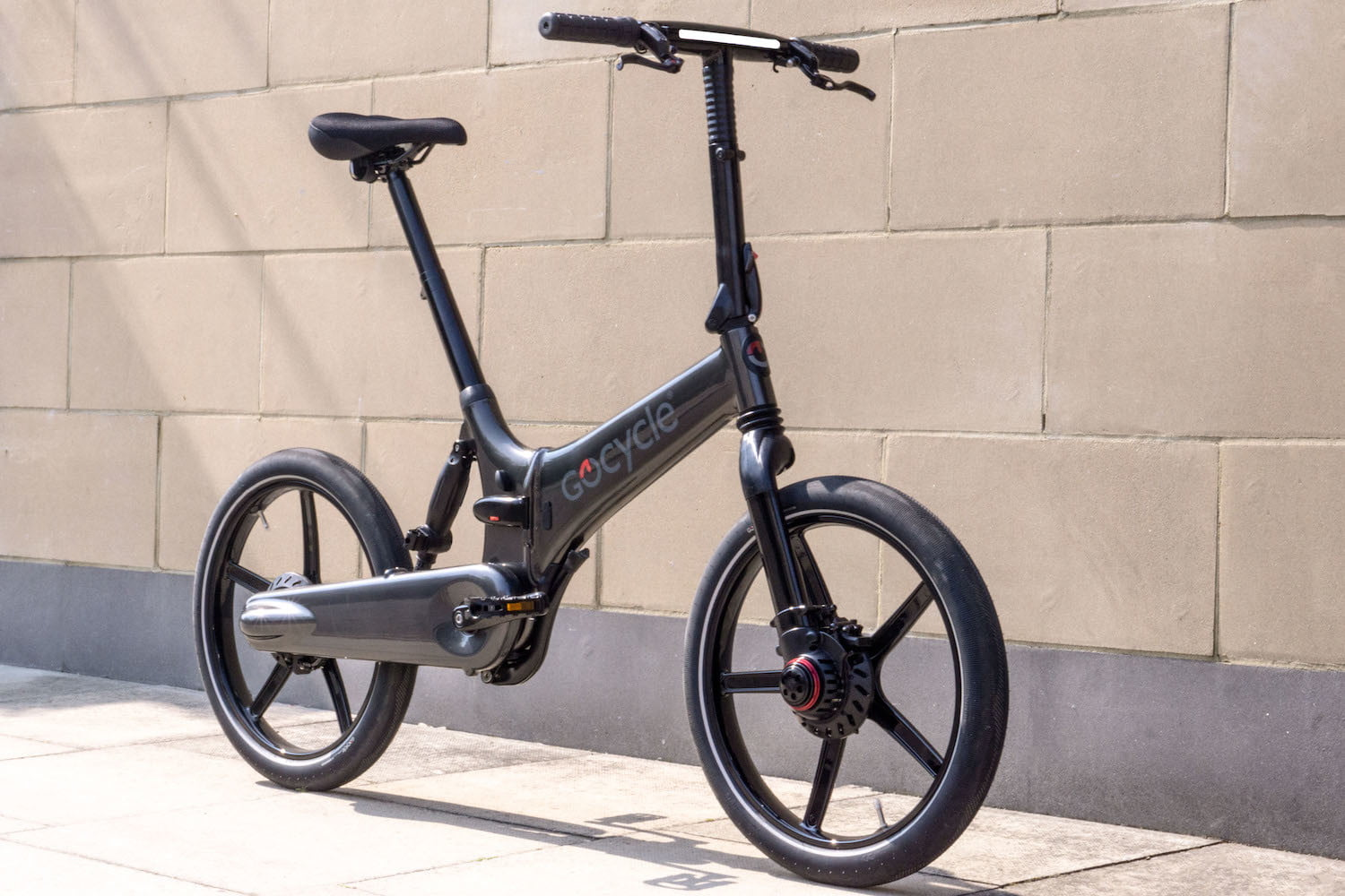 Gocycle's new GXi electric bike can fold away in a mere 10 seconds
