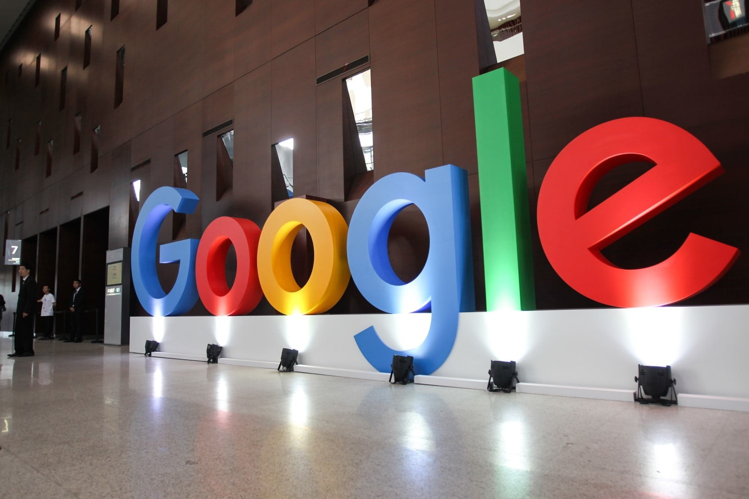 Google will charge law enforcement and government agencies to access user data