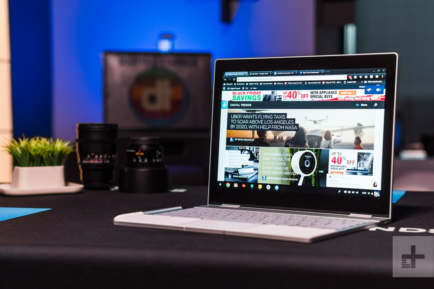 You'll soon be able to run Windows and Chrome OS on your Chromebook