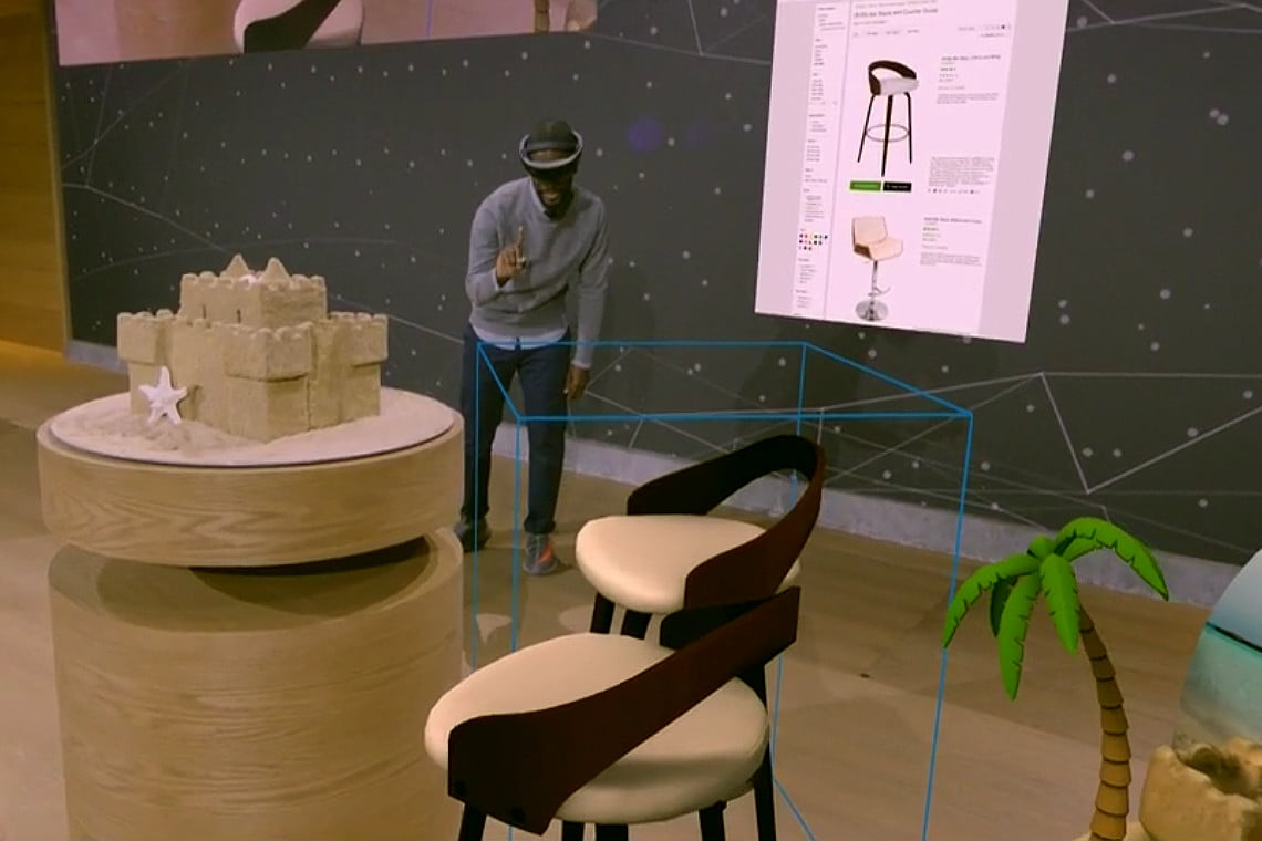 Microsoft Adds Spectator View To HoloLens Showing How To