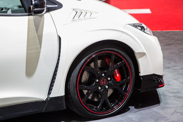 honda civic type r official pictures specs and performance 8