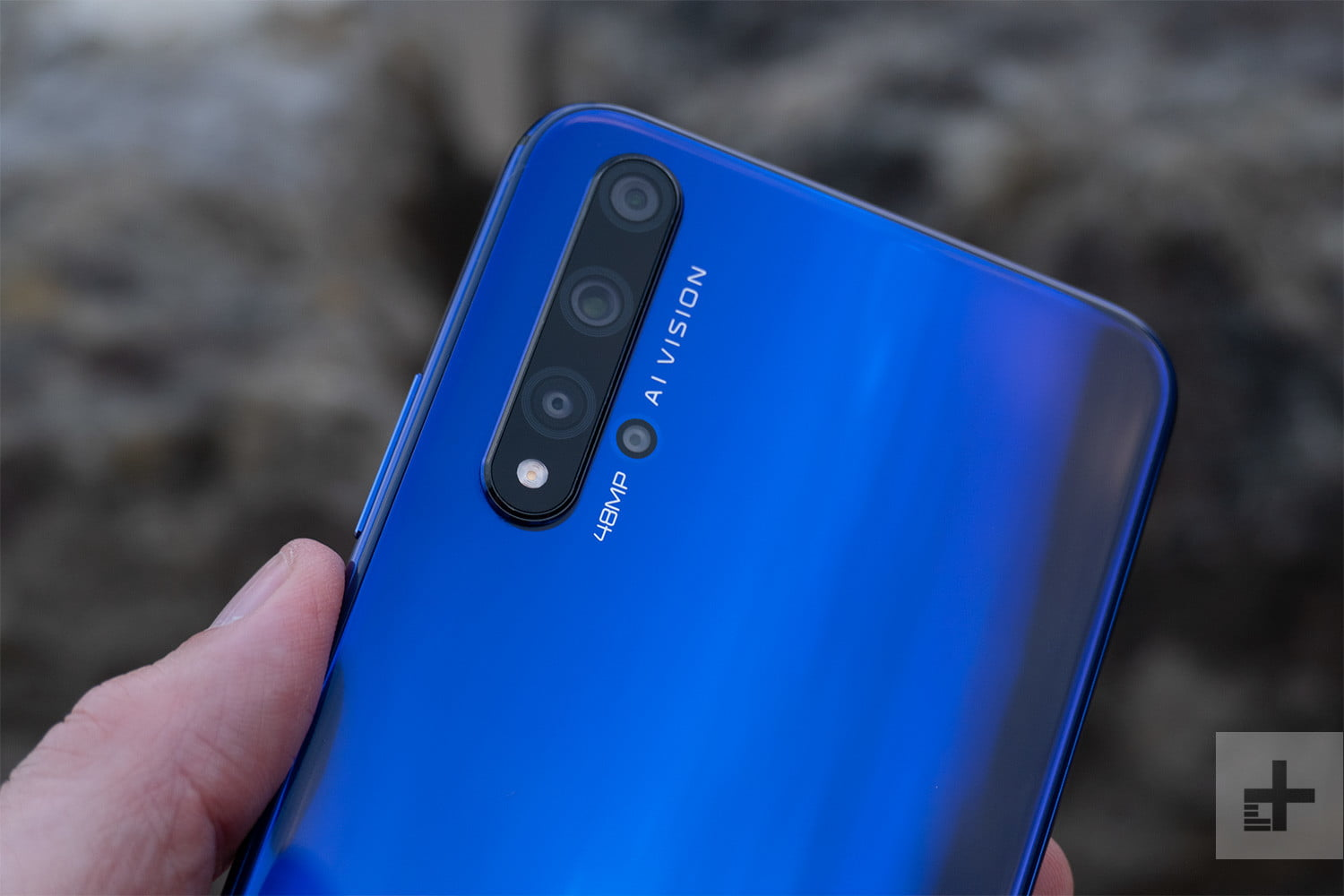 Honor 20 Impressions: A Good Phone That Doesn't Need to