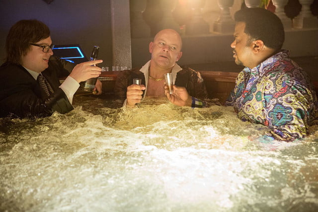 hot tub time machine 2 review 14691