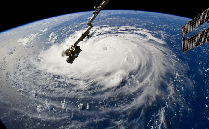 Hurricane Genevieve Captured in Dramatic Space Station Shots 1