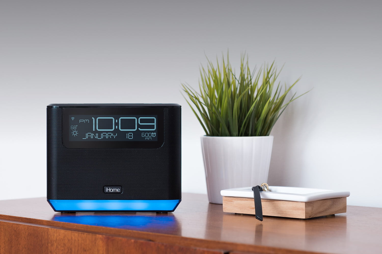 Admirable Ihome Introduces New Lineup Of Smart Alarm Clocks At Ces Download Free Architecture Designs Rallybritishbridgeorg