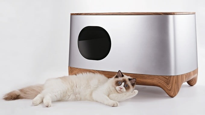 The iKuddle is a smart litter box that scoops the poop for you