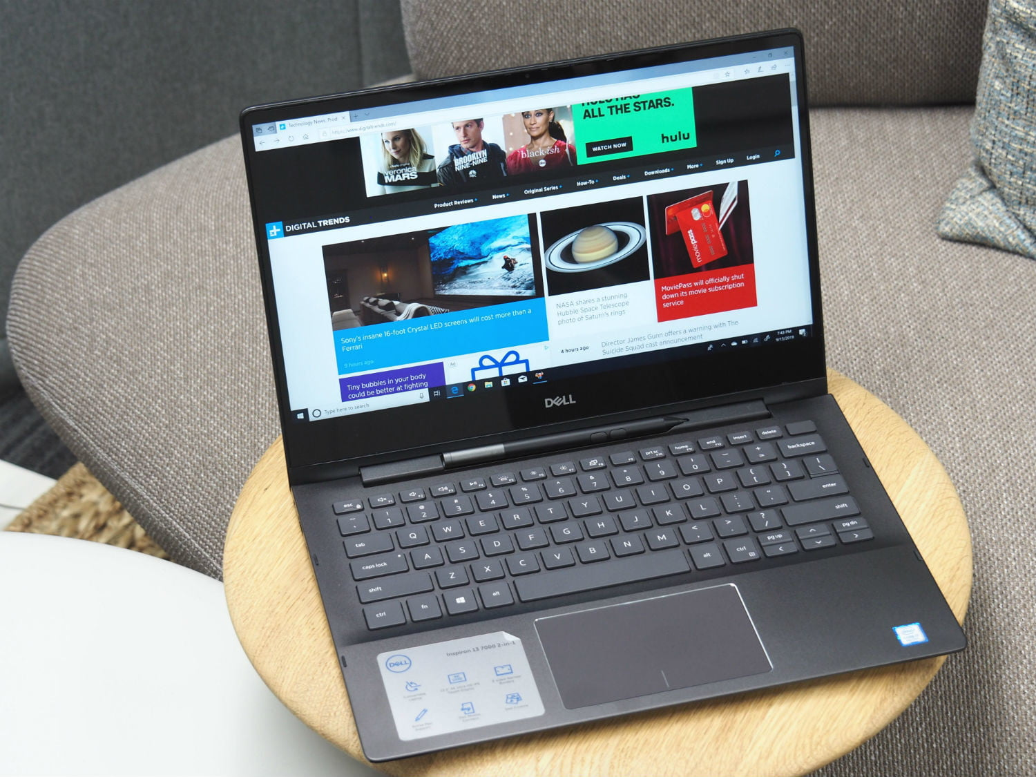 Dell Inspiron 13 7000 2 In 1 Black Edition Review Digital Trends