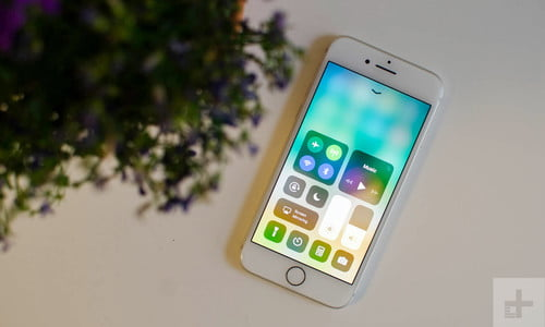 Apple iPhone 8 Review: The Gold Standard No More?   Digital