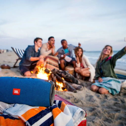 Walmart Discounts These Jbl Portable Bluetooth Speakers By Up To 140 Digital Trends