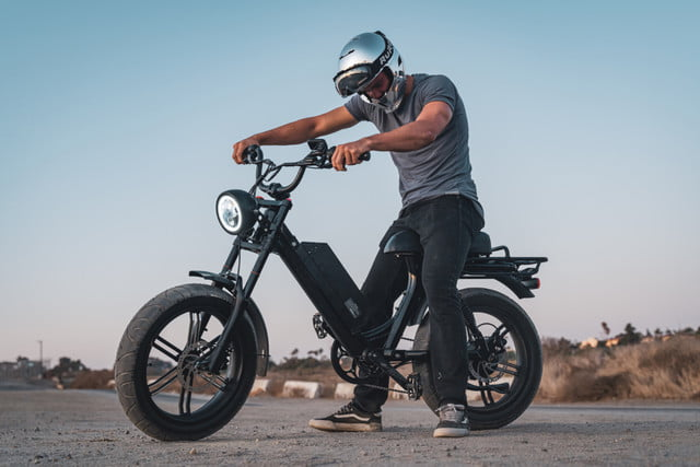 juiced bikes scorpion moped style e bike packs performance safety and comfort rider 1