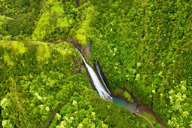 10 famous movie locations you can actually visit jurassic park kauai hawaii 1