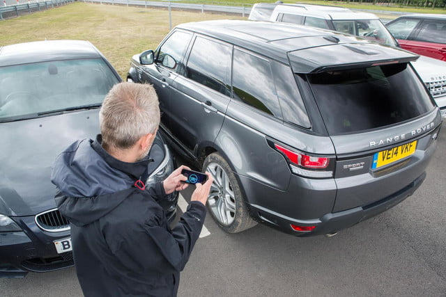 Remote-controlled Land Rover Range Rover Sport