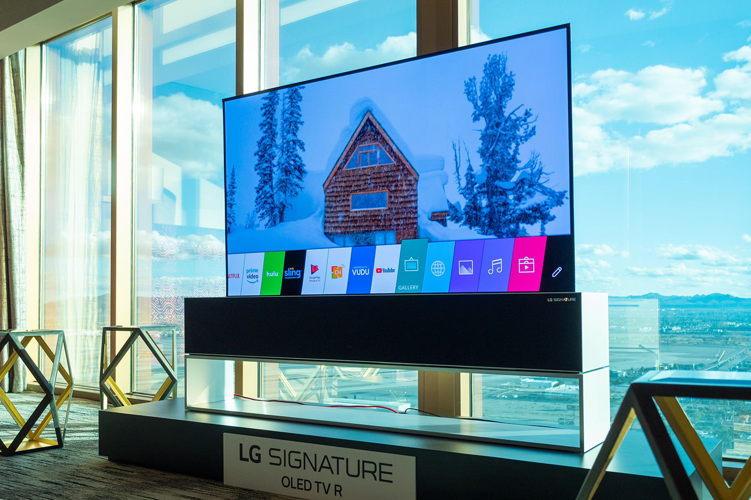 roll-up OLED TV is every bit as magical