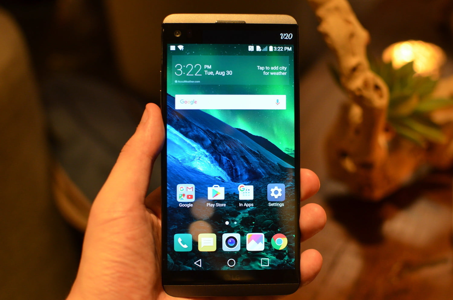LG V20 Hands On: Android 7 0 Nougat-Powered Smartphone