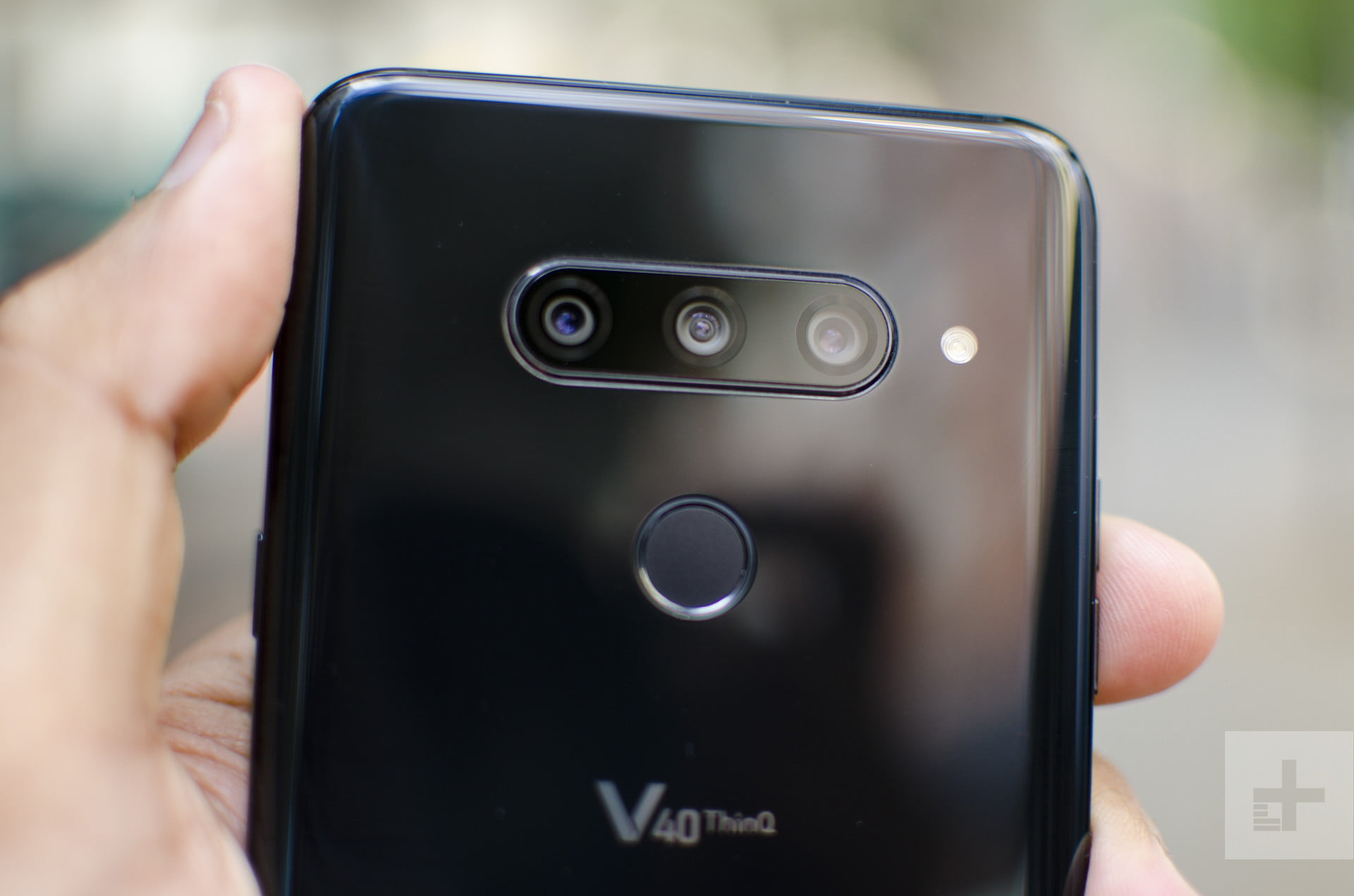 LG V40 ThinQ Vs  LG G7 ThinQ | Specs Comparison | Digital Trends