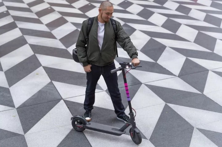 Lyft is pulling its e-scooters from six cities and laying off workers