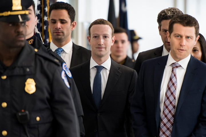 Facebook's Zuckerberg just had a 'constructive' meeting with President Trump