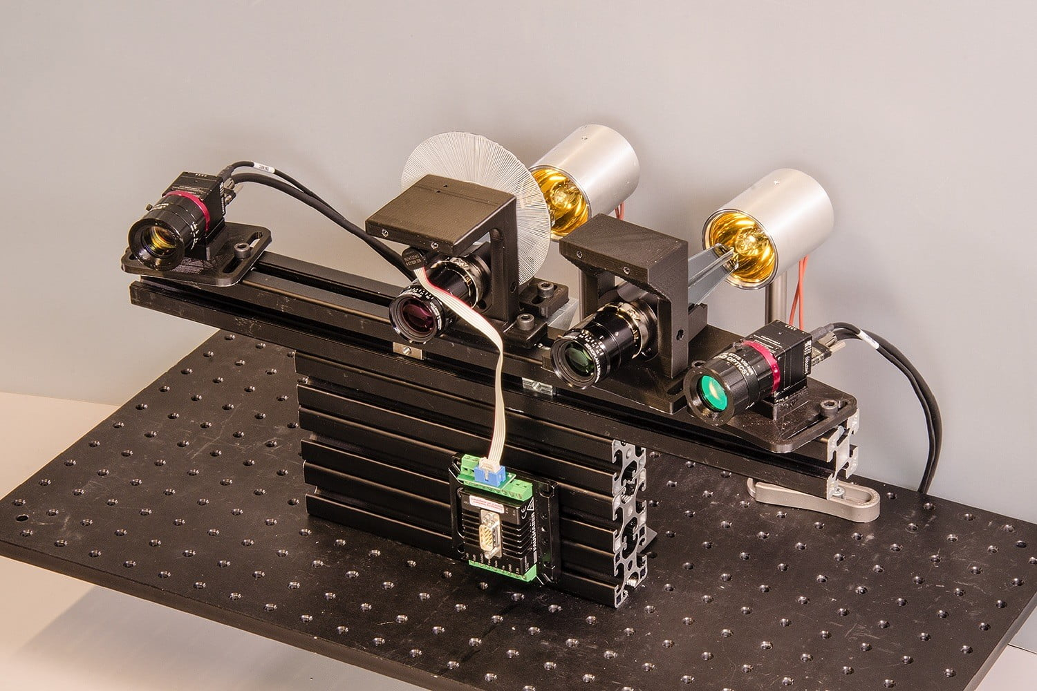 Engineers build new camera capable of taking pictures in five dimensions