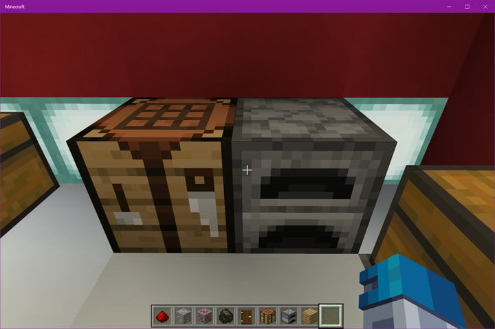 Minecraft Crafting Table and Furnace