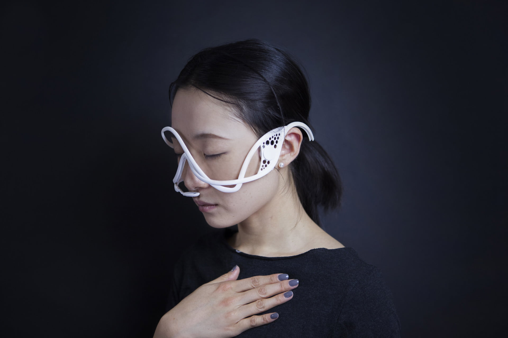 MIT's bizarre mask can control your mood, make you feel aroused or anxious