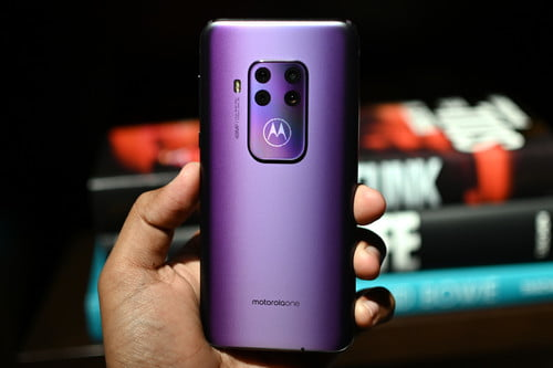 Everything You Need to Know About the Lenovo Moto E5 Plus