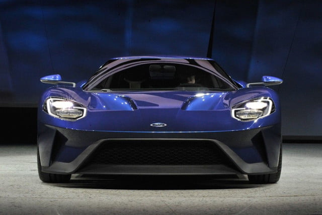 New Ford GT Blue front
