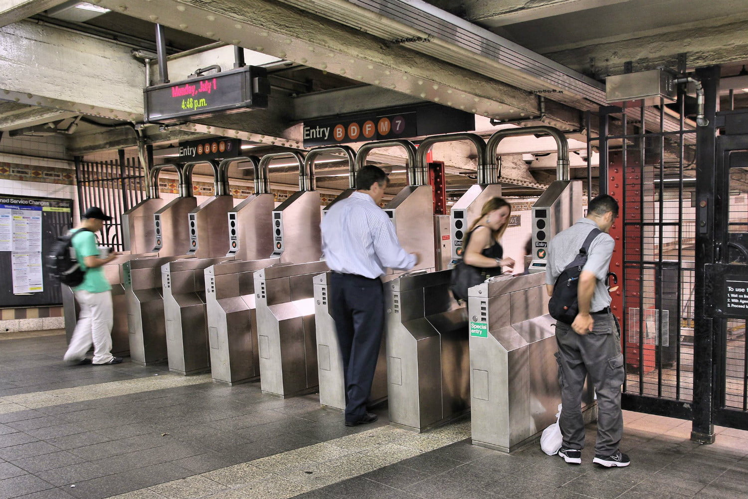 Contactless payments will roll out to more public transportation systems in 2020