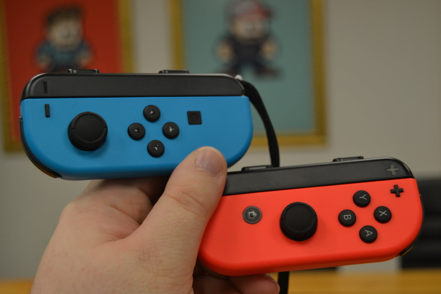 Nintendo Switch Pro and Joy Con Controllers Can Connect to