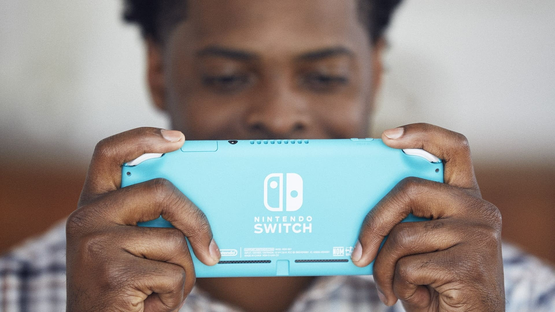 Can you play the Nintendo Switch Lite on a TV?