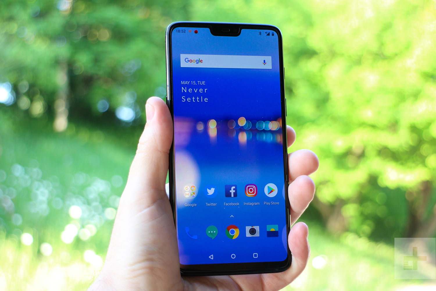OnePlus 6 Vs  LG G7 ThinQ | Smartphone Specs Comparison