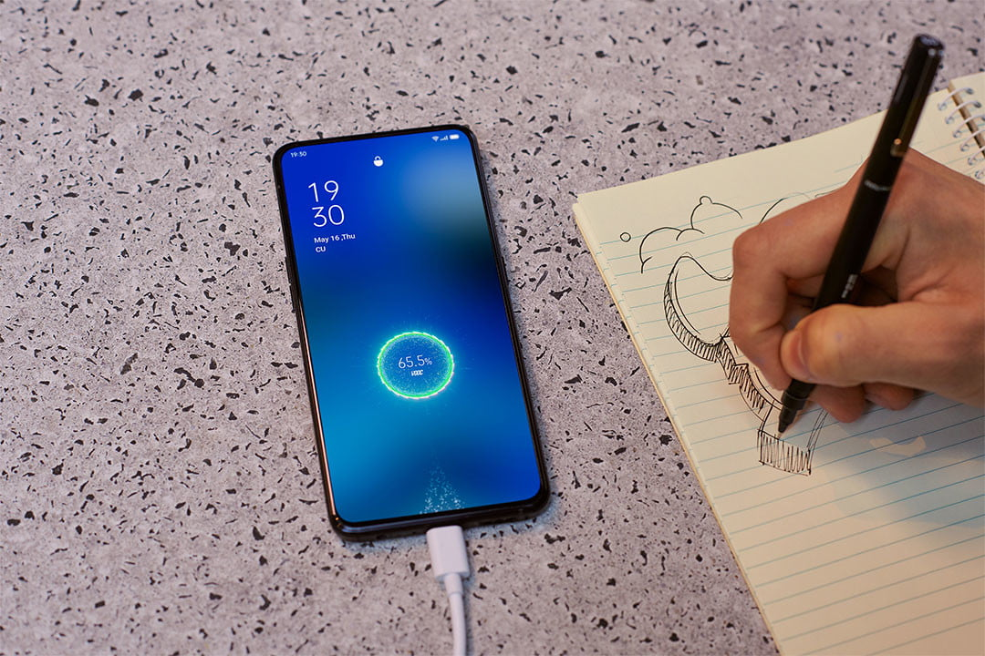 Oppo SuperVOOC 2.0 65W Can Fully Charge a Phone Battery in 30 Minutes |  Digital Trends