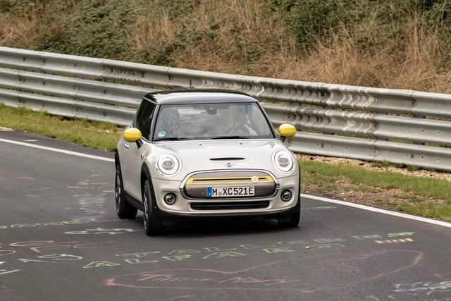 2020 mini cooper se laps nrburgring without using brakes n  rburgring