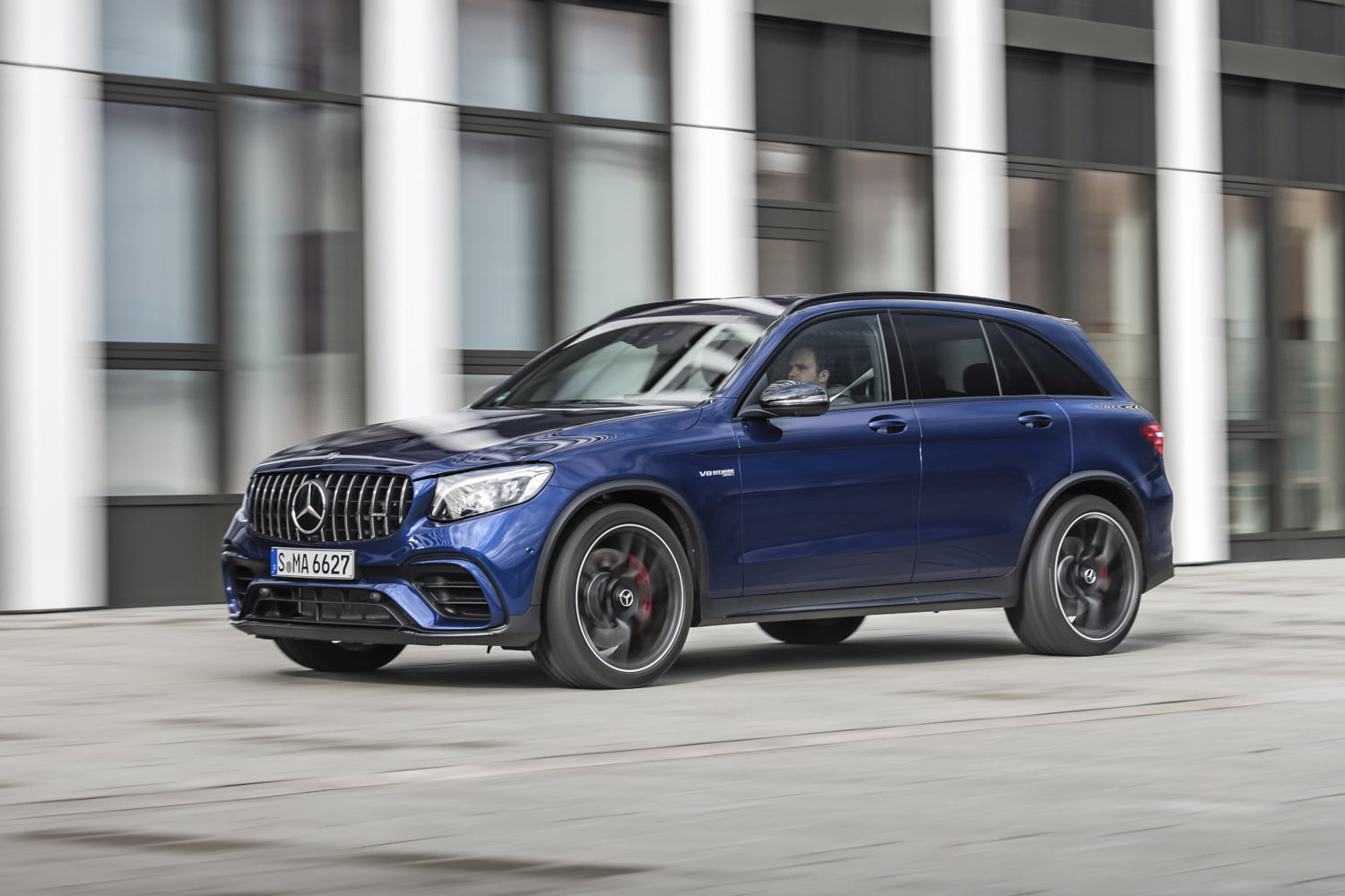2018 Mercedes-Benz GLC: New AMG GLC63 Models, Price >> 2018 Mercedes Amg Glc63 S First Drive Review Digital Trends