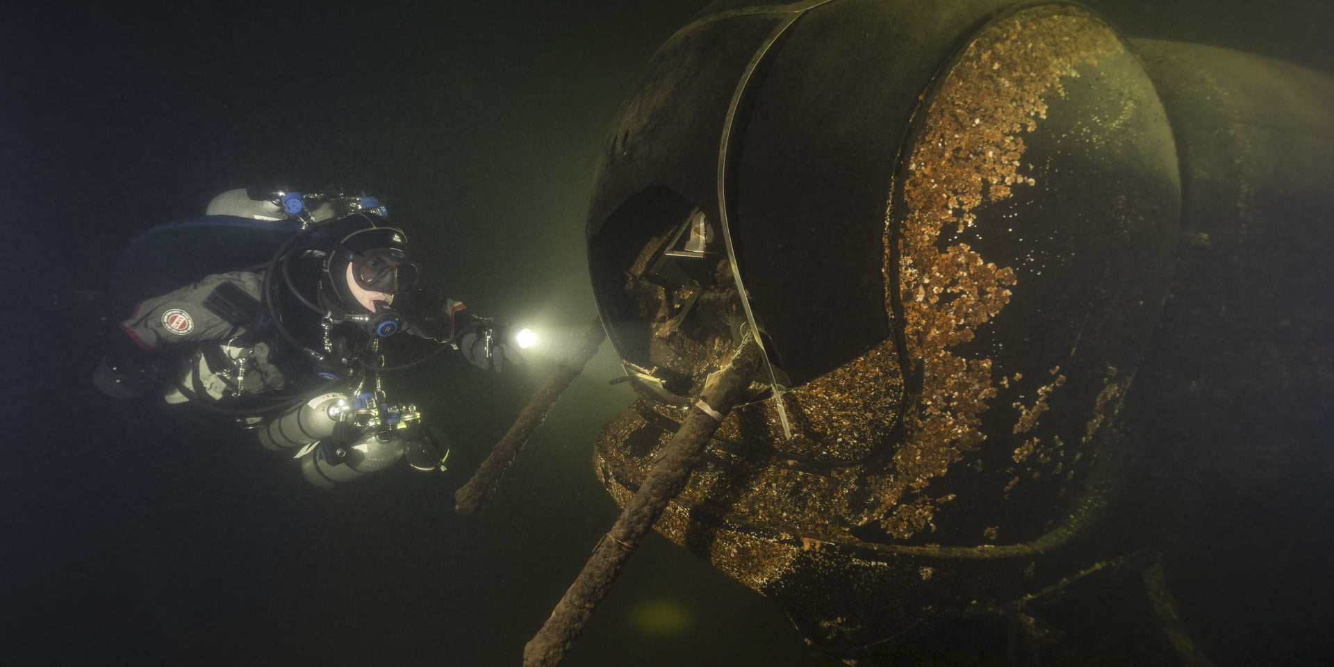 How a clever photography trick is bringing Seattle's shipwrecks to the surface