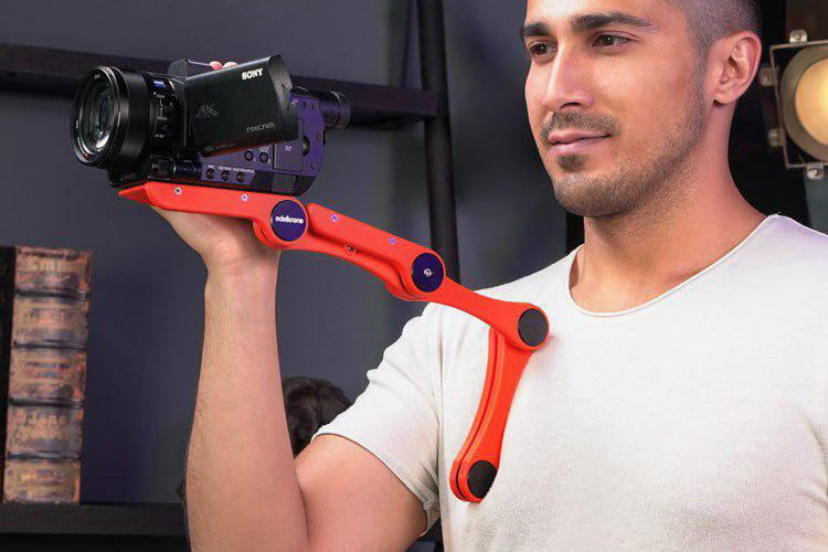 Edelkrone's 3D-printed wearable monopod fits in your pocket and your budget